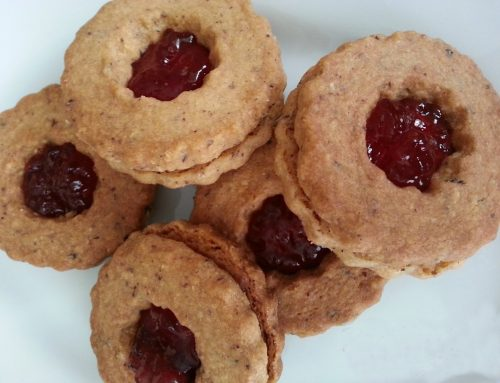 RosaOliva biscuits with rose petal jam