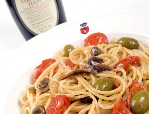 Spaghetti alla puttanesca all'olio Tulsi
